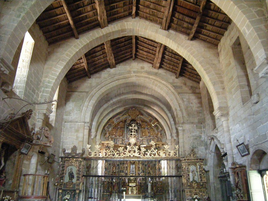 Interior de la iglesia del monasterio
