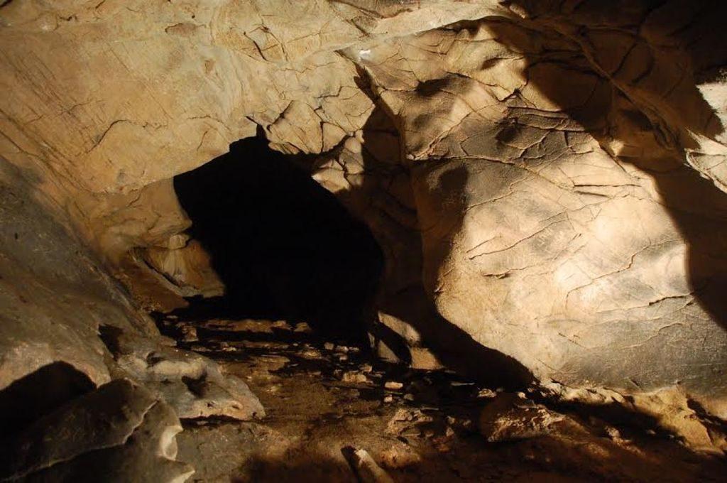 Cueva de Eirós, una de las cuevas de Galicia
